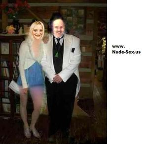 Nicole.Zorn.Nude.Sex.Model.With.Dean.A.Ayers.Logo